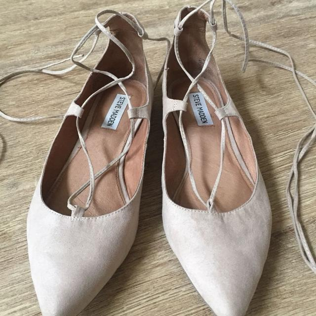 8bb4fdddee7 Find more Steve Madden Eleanorr Suede Lace-up Flat.  20 for sale at ...