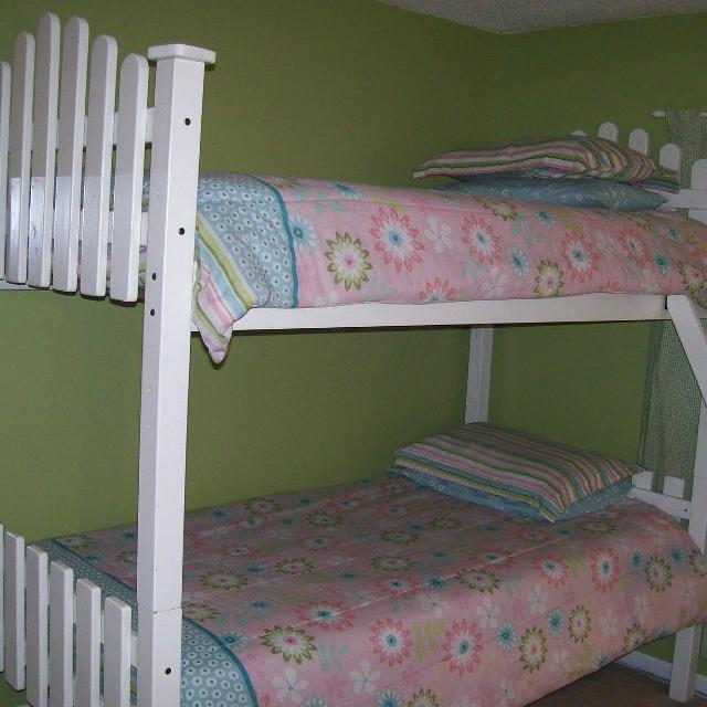 White Picket Fence Bunk Bed Twin Over