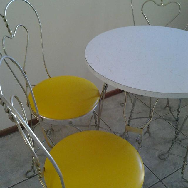 Vintage Ice Cream Parlor Bistro Set