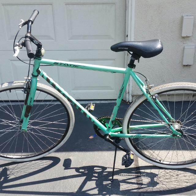 1b5a85fe203 Find more 700c Kent Thruster Men's Fixie Bike 26' Guc for sale at up ...