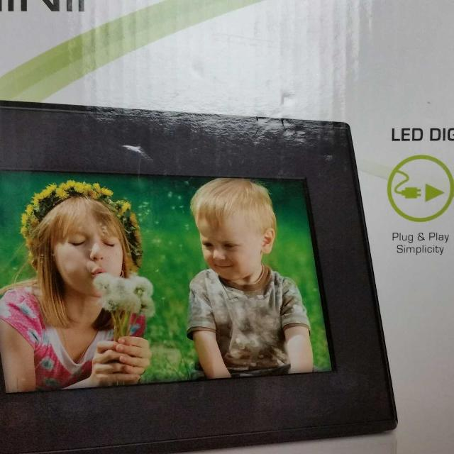 Best Reduced Price Brand New Giinii 7 Led Digital Picture Frame