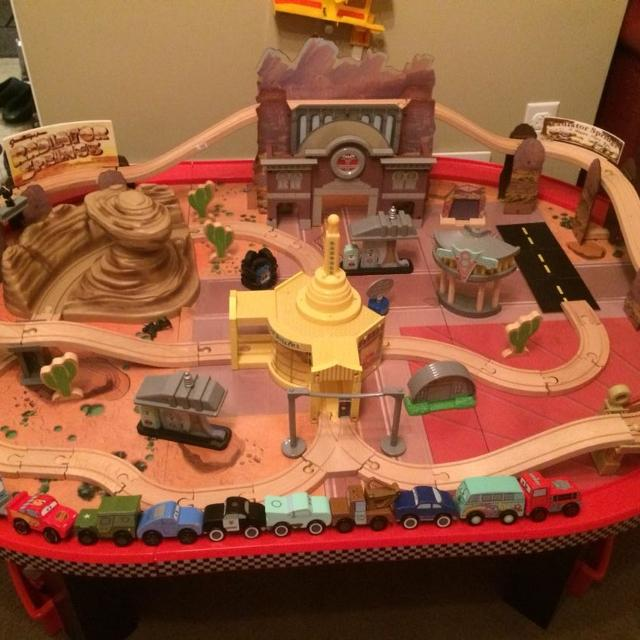 Find More Kidkraft Disney Cars Radiator Springs Race Track And Table