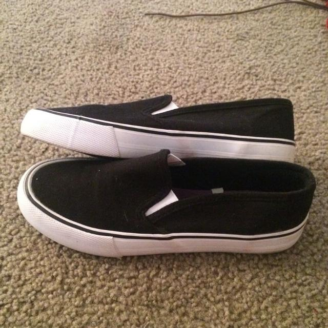 85ea5cd3348c Best Mossimo Slip On Canvas Shoes