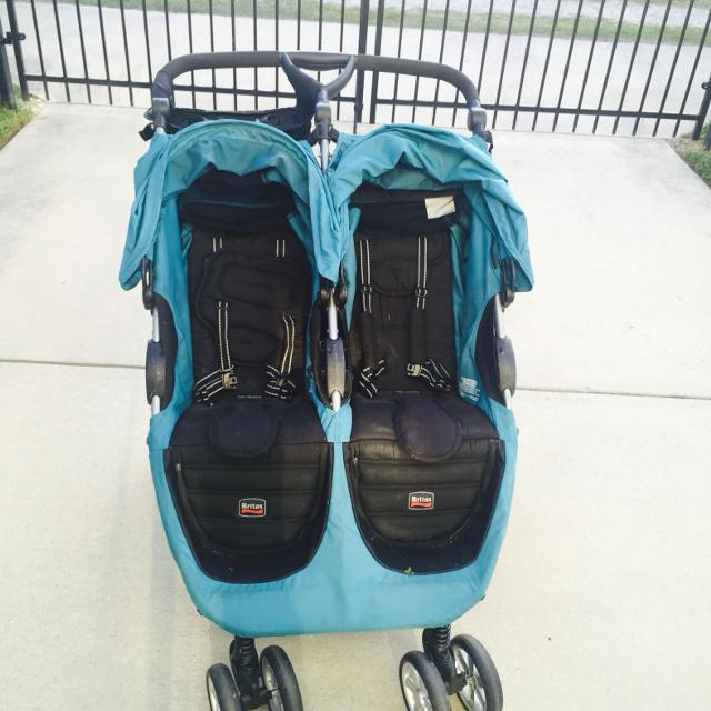 Britax B Agile Double Stroller Includes Universal Car Seat Adapter And Parent Console