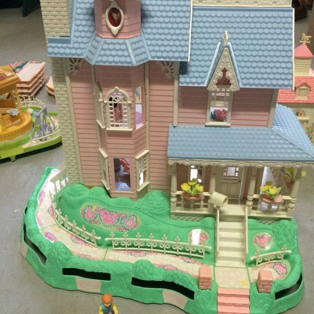 Find More Fisher Price Precious Places Vintage 1989 90 Play Set For Sale At Up To 90 Off