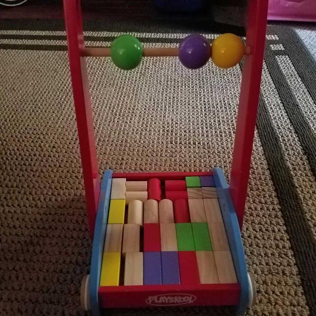 Playskool Push Cart W Wooden Blocks