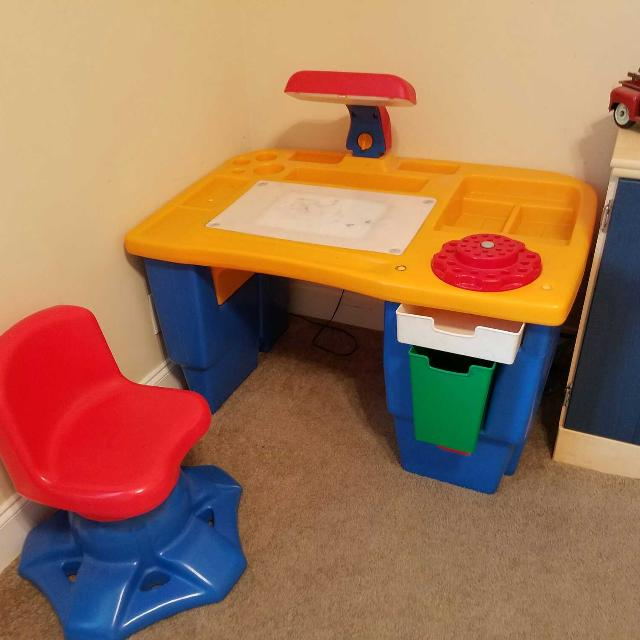 Find More Little Tikes Lighted Art Desk