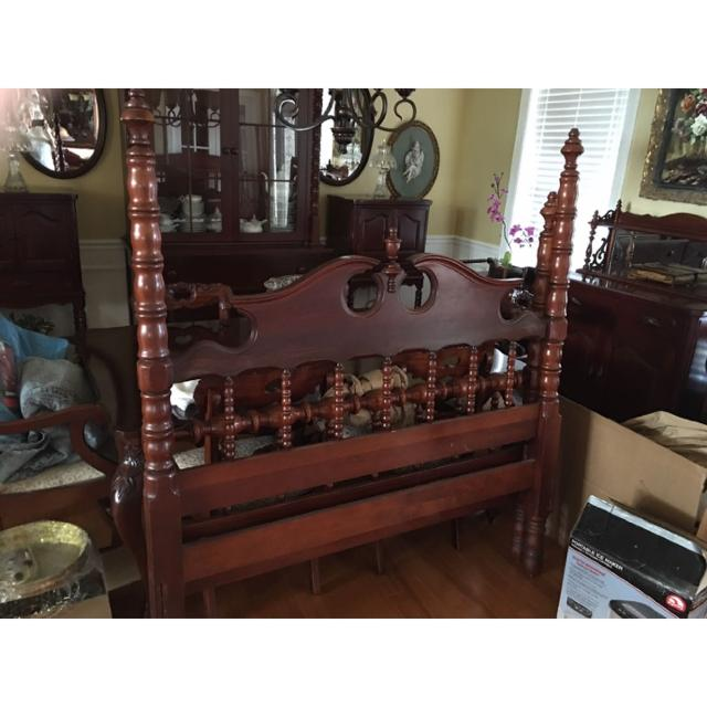 DAVIS CABINET COMPANY Lillian Russell SOLID CHERRY Bed (Full).