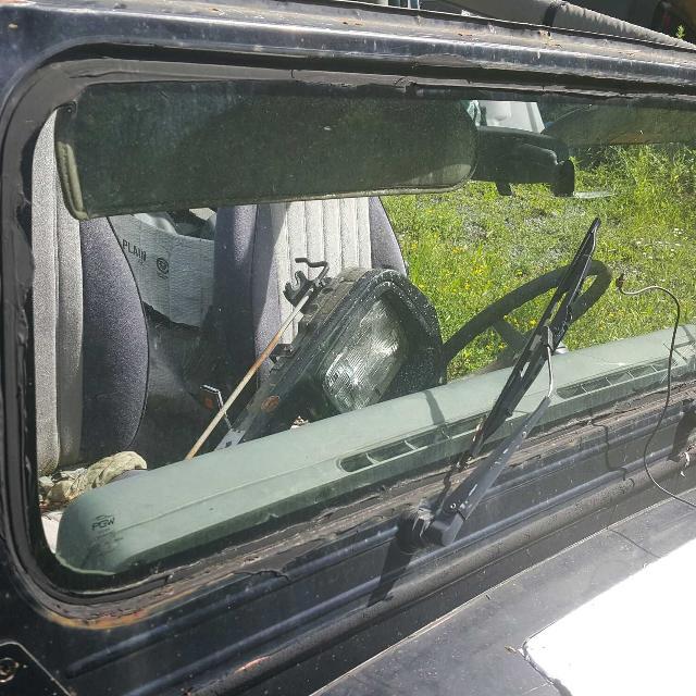 Best 95 Jeep Wrangler Yj Windshield Frame for sale in Jeffersonville ...