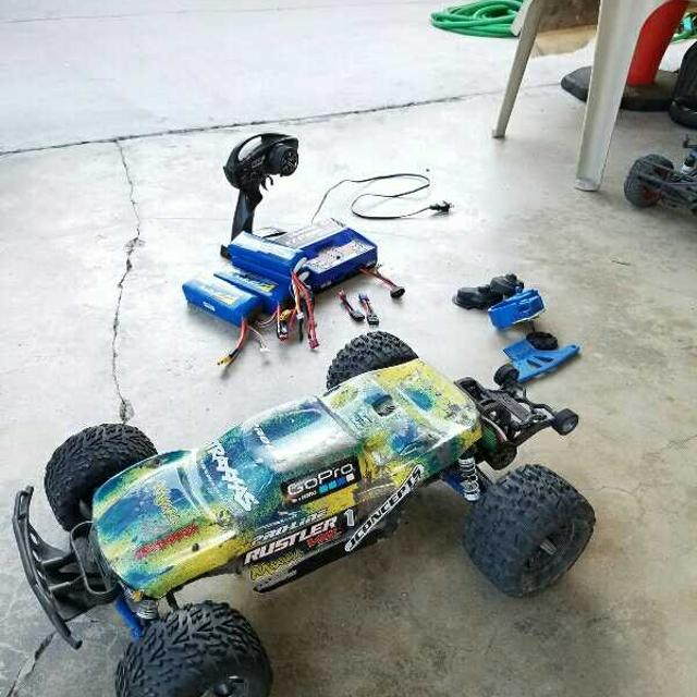 Traxxas Rustler 5S 2400kv Brushless Motor RC Car