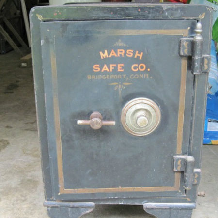 Looking for old safes for sale  Canada