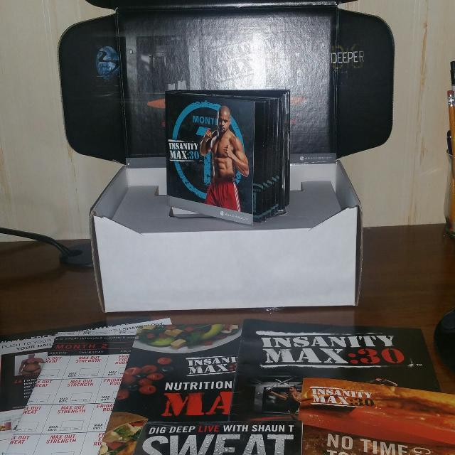 full complete Shaun T's INSANITY MAX0 workout set