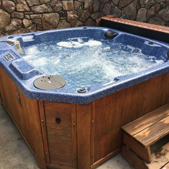 Best Hot Tub / Spa ~ Great Condition! for sale in Ruidoso, New ...