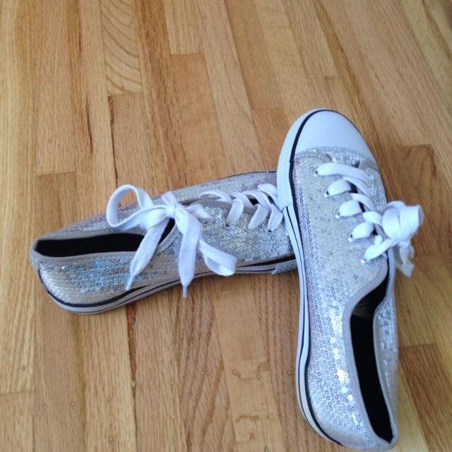 viuda Sicilia Actuación  Best Sparkly Silver Knock Off Converse for sale in Ladner, British ...