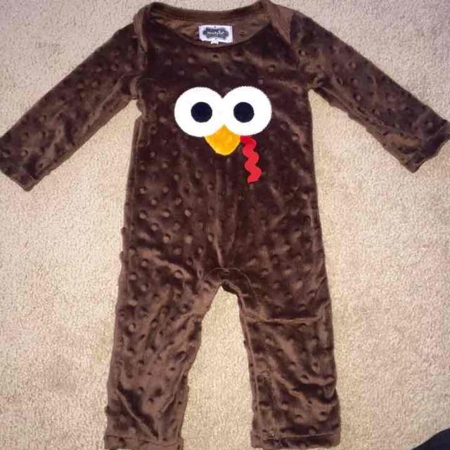 4e16f6bca99 Find more Mud Pie Turkey Minky Romper In Size 6-9 Months for sale at ...