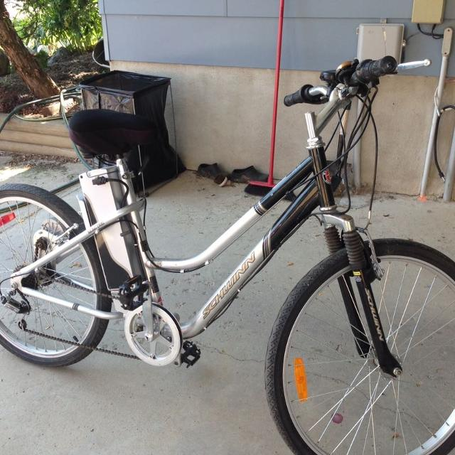 Schwinn iZip electric bike