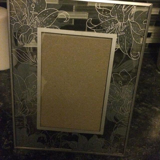Best Silver Lilies 5x9 Picture Frame For Sale In Clarington Ontario