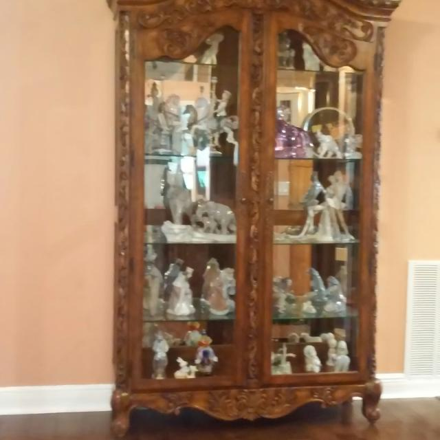 Best Curio Cabinet For Sale In Ocala Florida For 2019