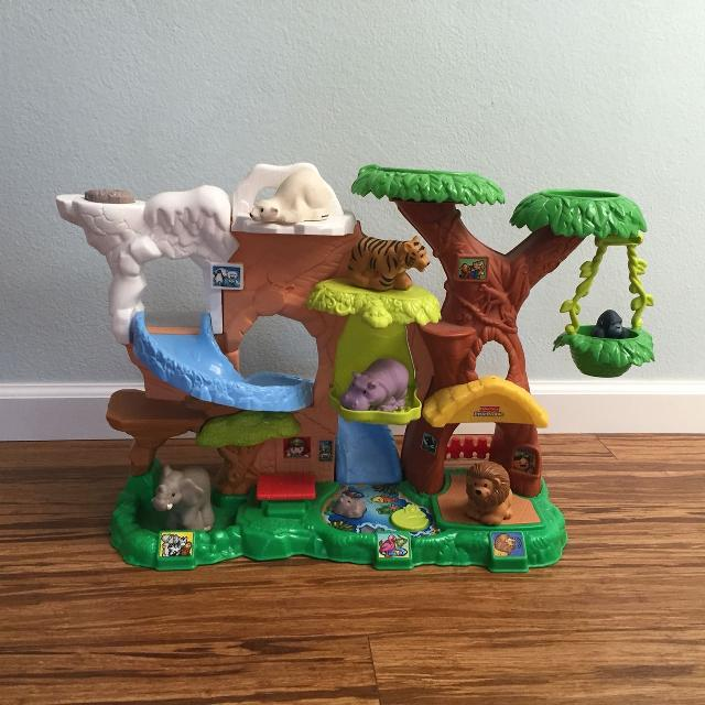 Best Fisher Price Little People Zoo Talkers Animal Sounds Zoo For Sale In Irvine California For 2020