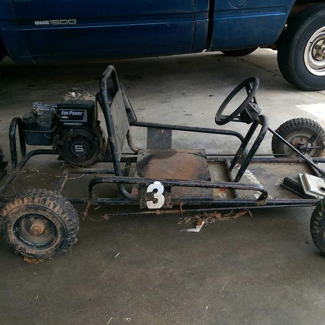 Old go kart w spare engine DOES NOT RUN