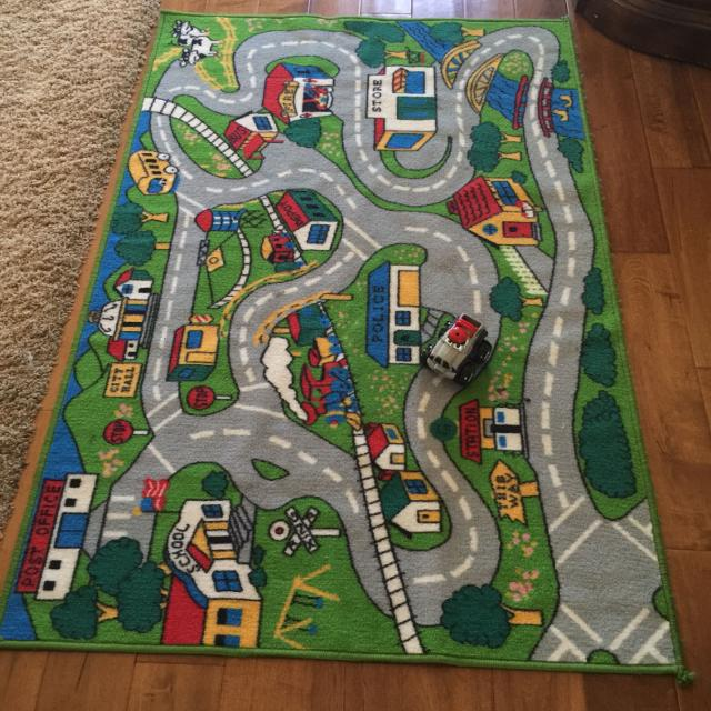 Large Car Play Rug Great Condition 60 X 39 Comes