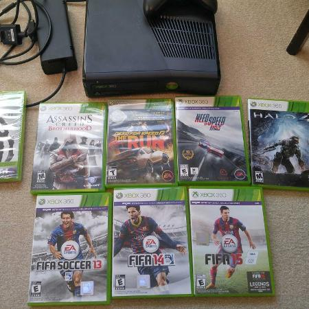 Xbox 360 with box and 8 games for sale  Canada