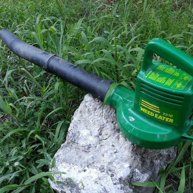 Weed Eater 2510 Electric Leaf Grass Blower