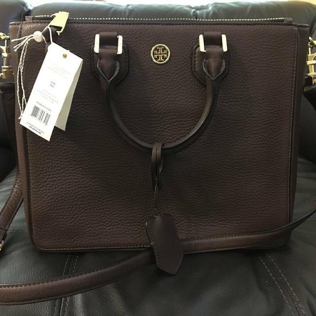 bb850094ad2 Find more New Tory Burch Robinson Pebbled Square Tote purse 32149959 ...