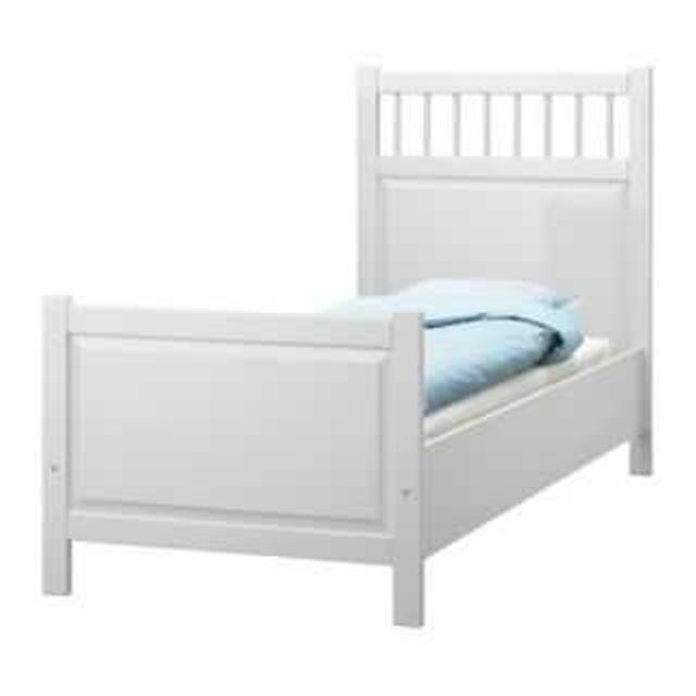 White Ikea Hemnes Twin Bed Frame