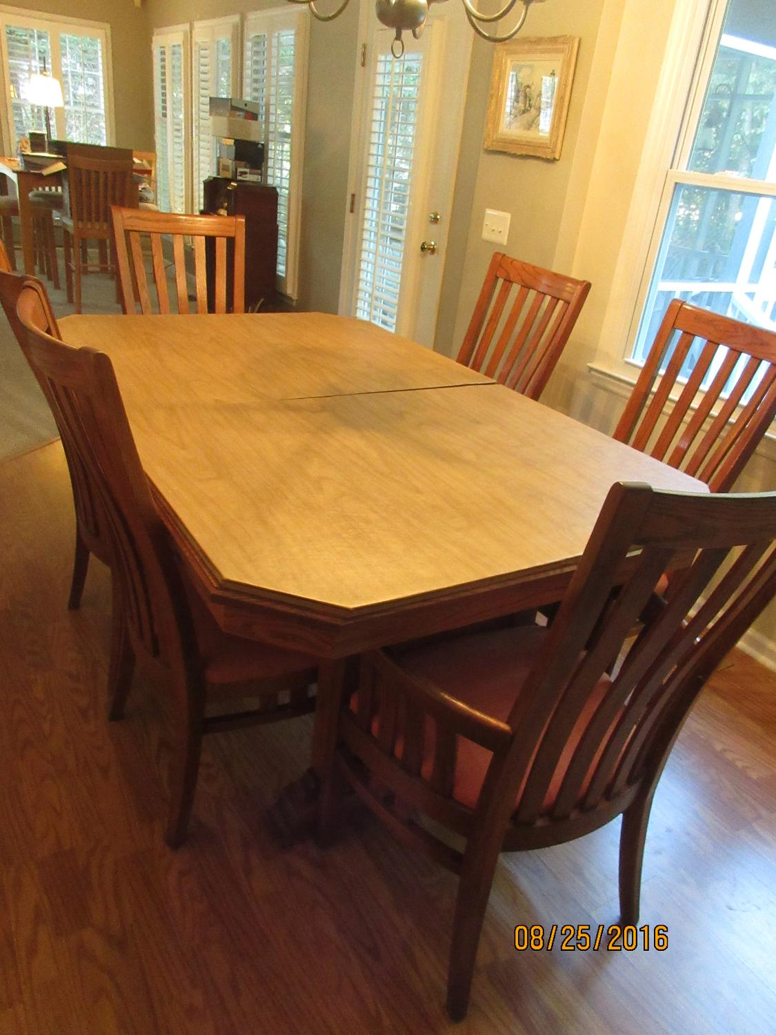 Best Richardson Brothers Dining Table Set For Sale In