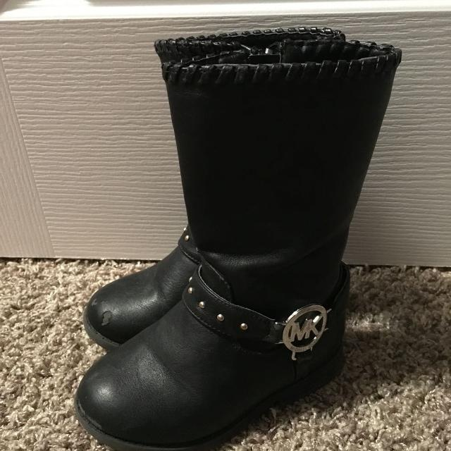 2a68763bfcdfb Find more Michael Kors Size 8 Toddler Girls Boots
