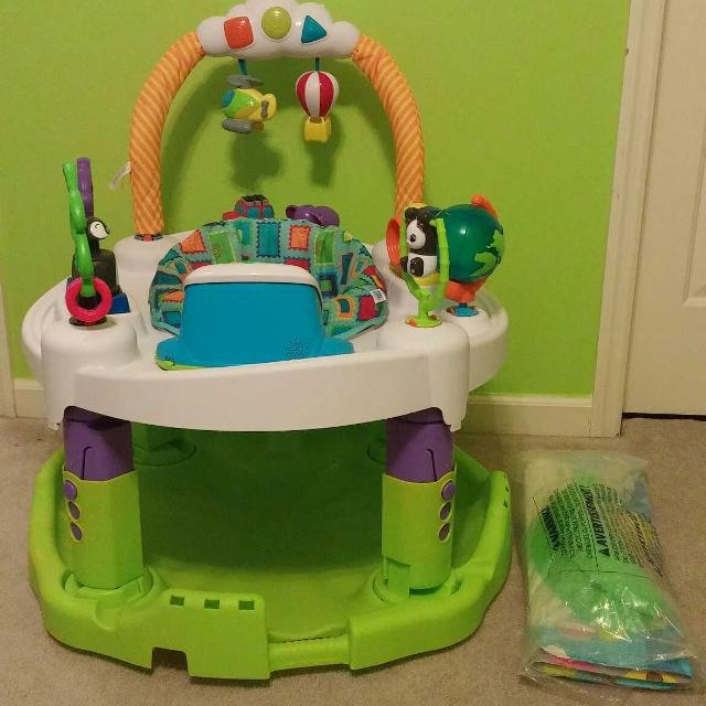 aafee48df583 Find more Exersaucer Triple Fun World Explorer Activity Center for ...