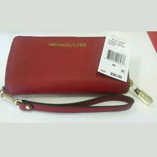 af638934e0be Find more Nwt Michael Kors Jet Set Wristlet Purse Wallet Phone Case ...