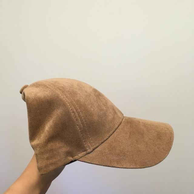 f2a4b69e638 Best Aritzia Wilfred Free Emesa Hat - Retails For  35 for sale in Richmond