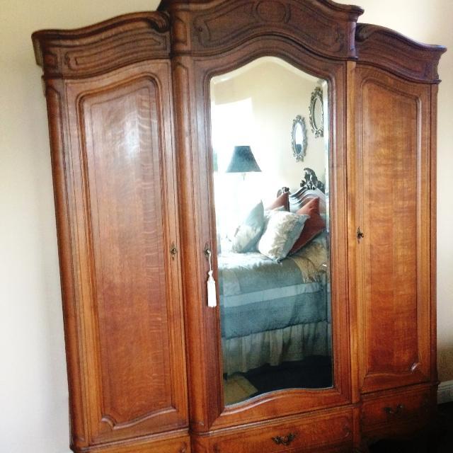 Antique French Louis XV Bedroom Set.