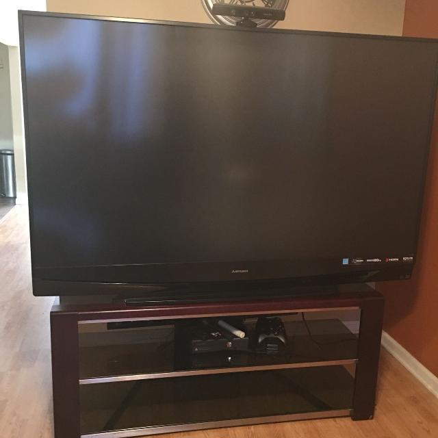 best 78 inch mitsubishi projector tv for sale in staten island, new