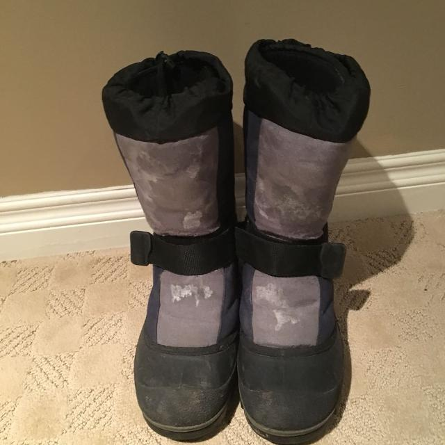 744b6e0a4 Men's Size 10 Winter boots! Baffin Technology, made to keep your feet warm  to -40!