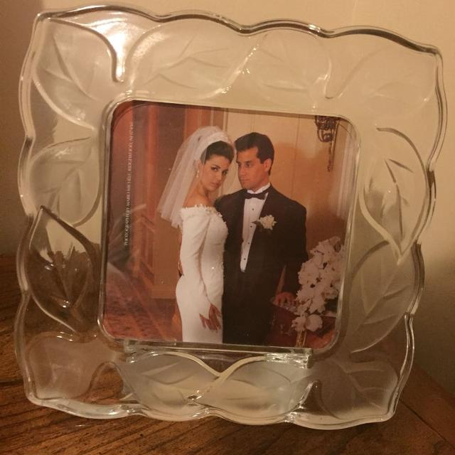 Find More Fifth Avenue Crystal Leaf 5x5 Picture Frame Brand