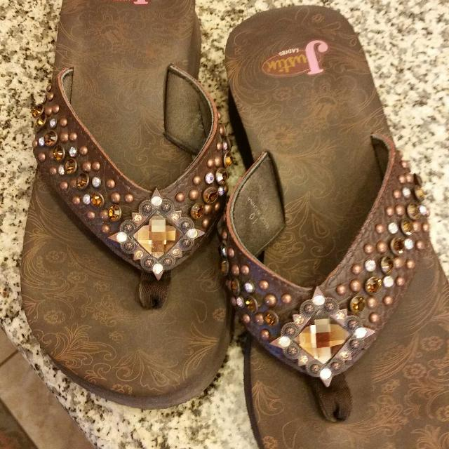 1f819852179664 Find more Women s Justin Flip Flops With Bling for sale at up to 90% off