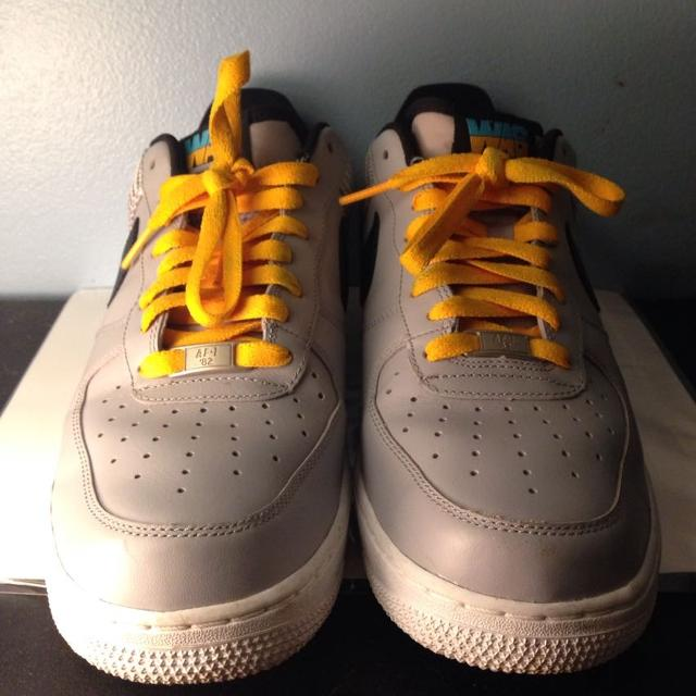 detailed pictures f8e9b 38760 Nike Air Force 1 AF-82 Washington DC Low. Size : 8 MENS