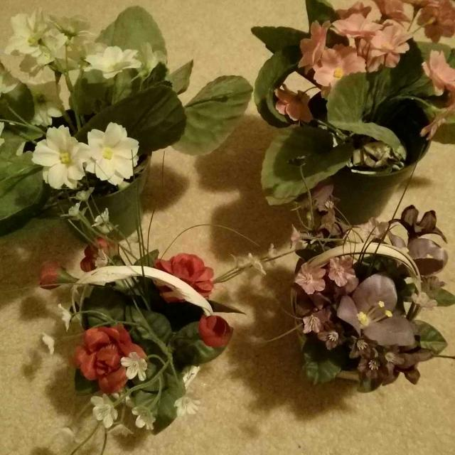 Best Pretty Decorative Fake Flowers For Sale In Markham Ontario For