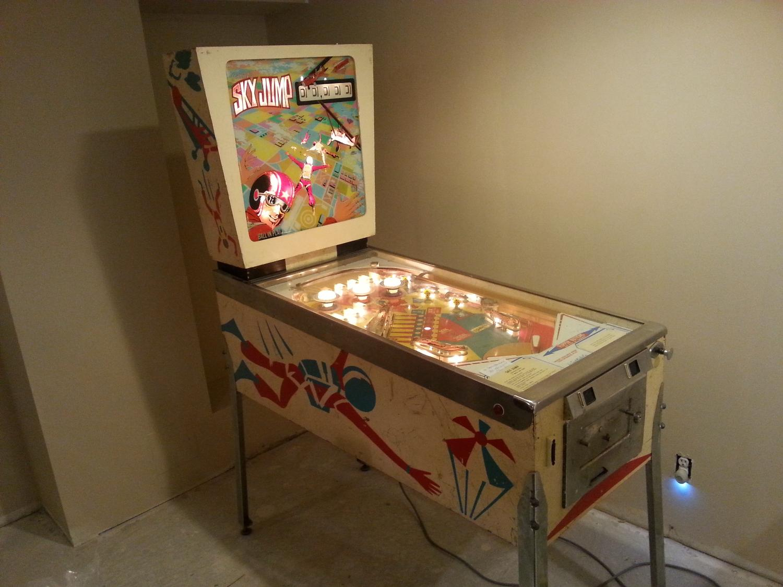 Best Sky Jump Pinball Machine Gottlieb 1974 For Sale In
