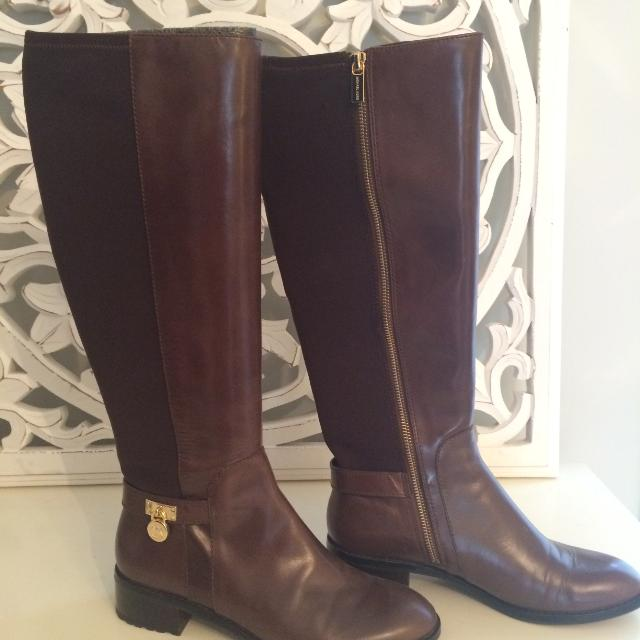8c8244541f9ab Find more Michael Kors Brown Hamilton Boots for sale at up to 90% off
