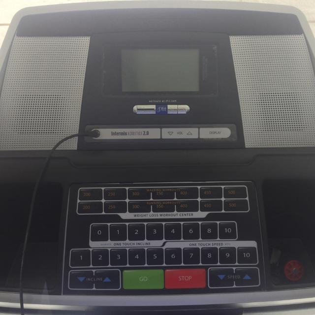 Reebok Treadmill V8 90