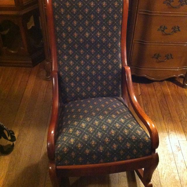 Antique/Vintage Upholstered Nursing Rocking Chair - Best Antique/vintage Upholstered Nursing Rocking Chair For Sale In