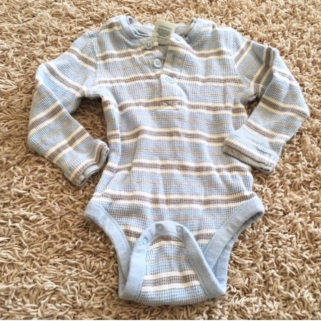 719485112f31 Find more Baby Boys Old Navy Thermal Style Onesie - Sz 12-18 Mo for ...