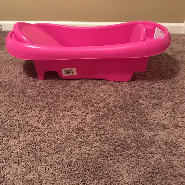 Find more Pink Baby Tub for sale at up to 90% off - Nashville, TN