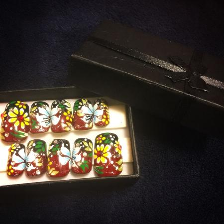 Hand Made nail art kit (glue included) for sale  Canada