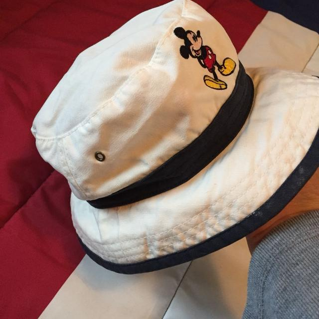 44a0ed7058a Find more Clearance Last Call Adult Disney Bucket Hat New Condition ...