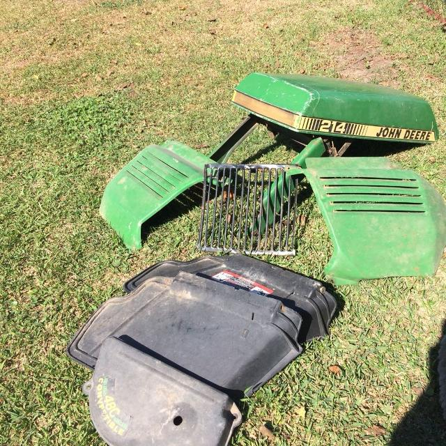 John Deere 214 >> Best John Deere 214 Mower Hood Grill For Sale In Friendswood